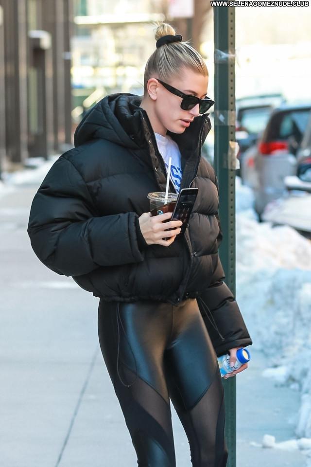 Hailey Rhode No Source Sexy Beautiful Celebrity Babe Posing Hot