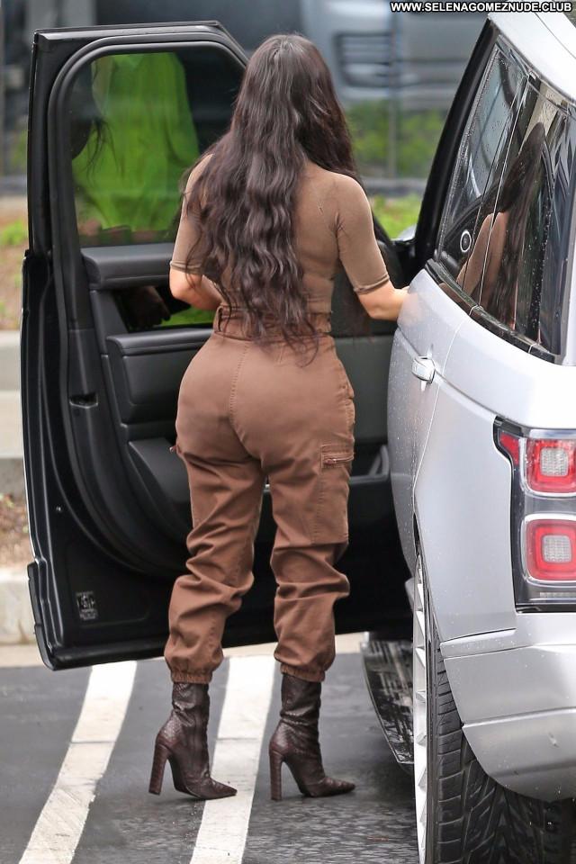Kim Kardashian No Source Celebrity Posing Hot Beautiful Babe Sexy