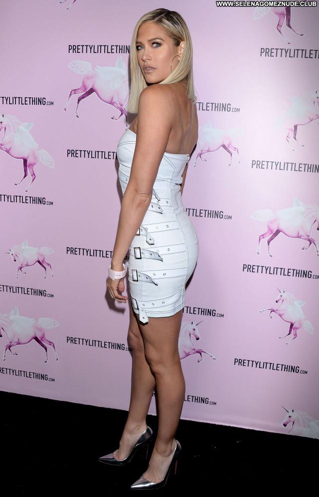 Barbie Blank No Source Beautiful Sexy Posing Hot Celebrity Babe