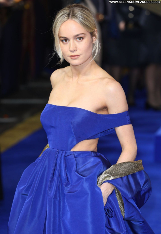 Brie Larson No Source Posing Hot Babe Sexy Beautiful Celebrity