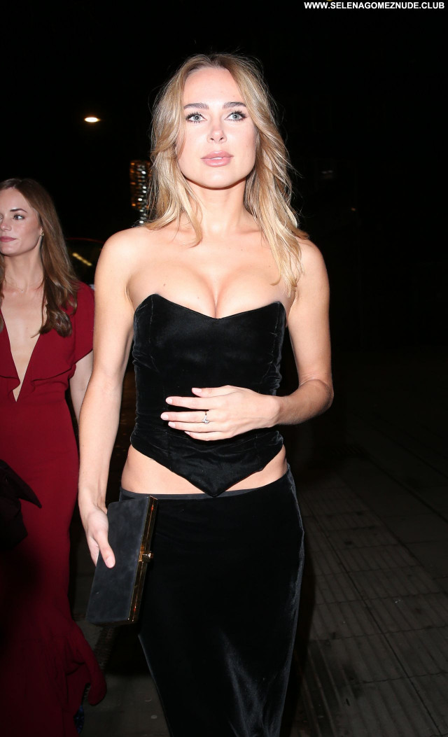 Kimberley Garner No Source Babe Celebrity Posing Hot Beautiful Sexy