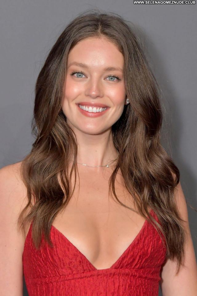 Emily Didonato No Source  Posing Hot Celebrity Beautiful Sexy Babe