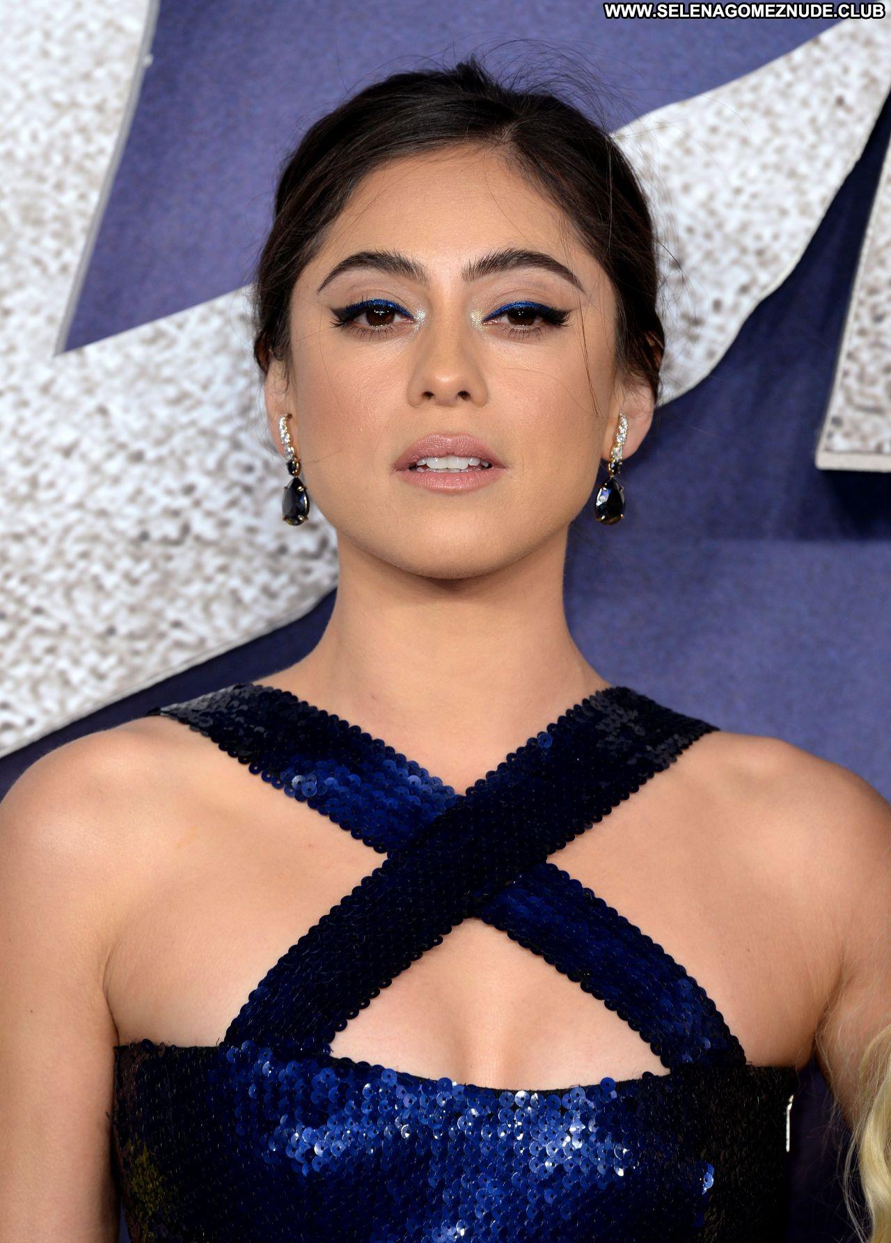 Rosa Salazar No Source Celebrity Beautiful Sexy Babe