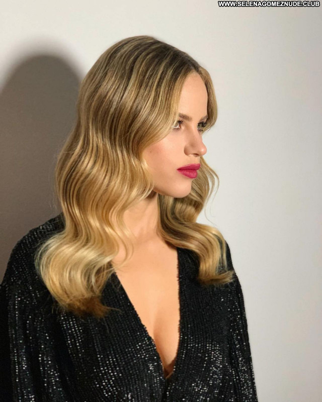 Halston Sage No Source Celebrity Sexy Posing Hot Babe Beautiful