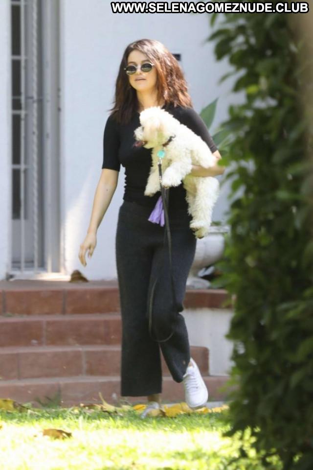 Selena Gome Los Angeles Celebrity Beautiful Babe Paparazzi Posing Hot