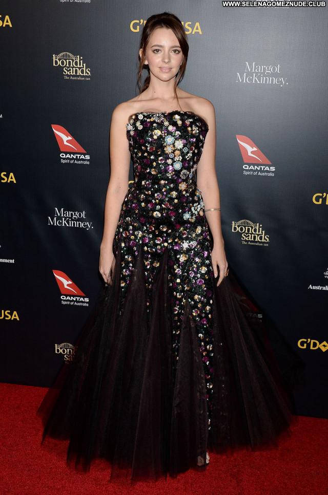 Natasha Bassett No Source Babe Posing Hot Beautiful Sexy Celebrity