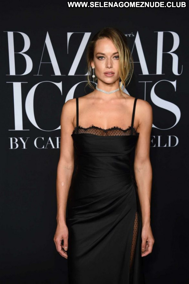 Hannah Ferguson Harpers Bazaar Babe Celebrity Beautiful Paparazzi