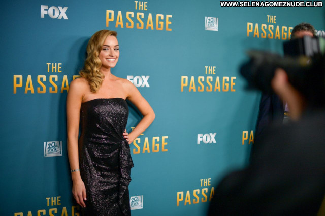 Brianne Howey No Source Celebrity Beautiful Sexy Babe Posing Hot
