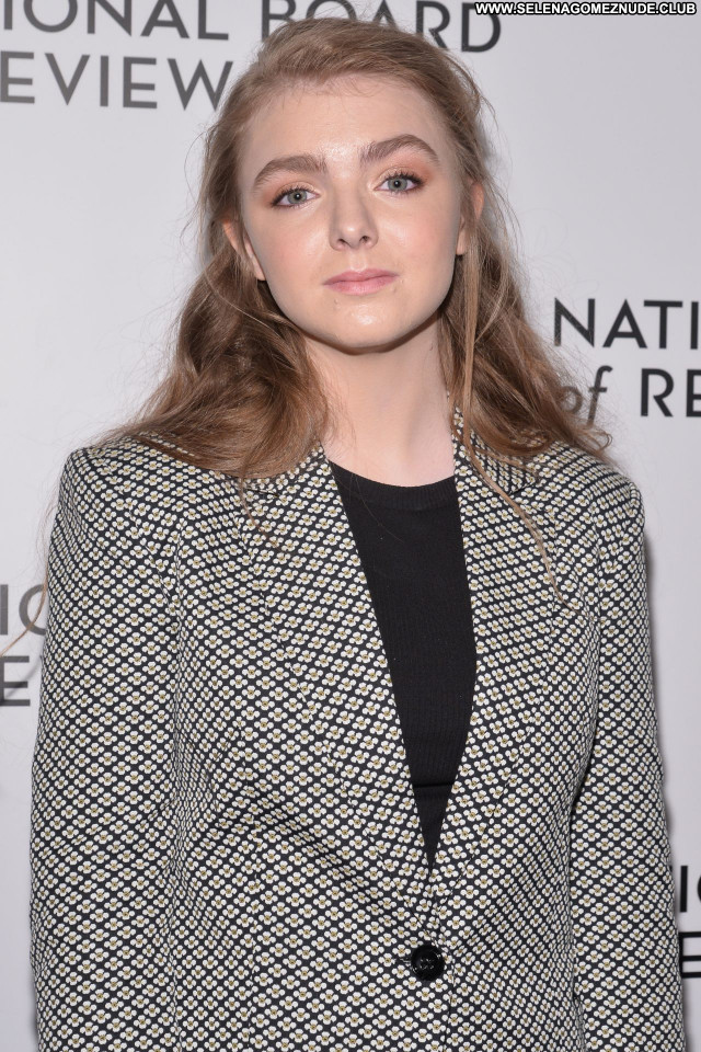 Elsie Fisher No Source Beautiful Celebrity Babe Posing Hot Sexy