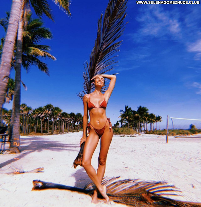Candice Swanepoel No Source Sexy Posing Hot Babe Celebrity Beautiful