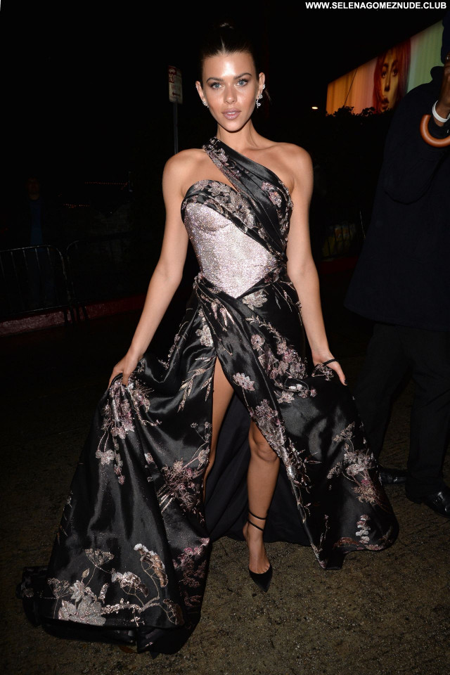 Golden Globe No Source Posing Hot Celebrity Beautiful Sexy Babe