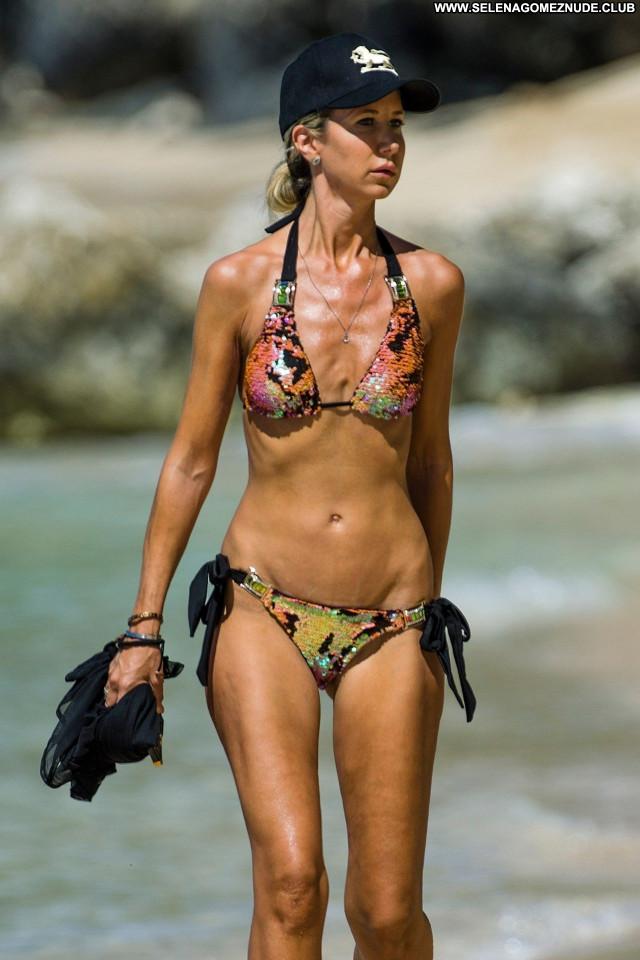Victoria Hervey No Source Posing Hot Celebrity Babe Beautiful Sexy