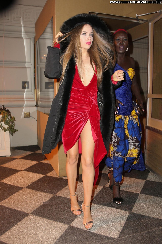 Xenia Tchoumitcheva No Source Babe Sexy Celebrity Beautiful Posing Hot