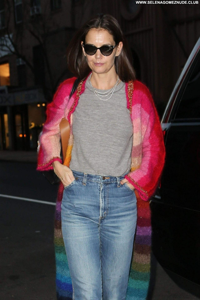 Katie Holmes No Source Posing Hot Babe Celebrity Beautiful Sexy