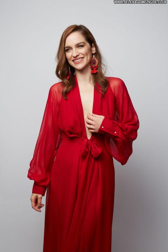 Melanie Scrofano No Source  Posing Hot Celebrity Babe Beautiful Sexy