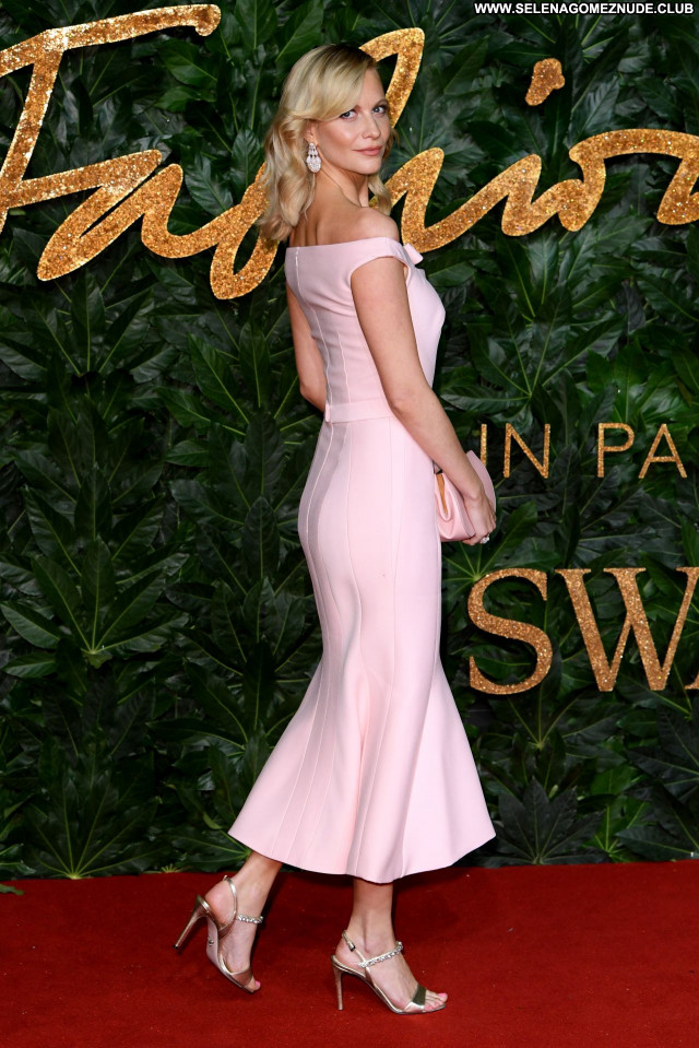 Poppy Delevingne No Source Beautiful Celebrity Babe Posing Hot Sexy
