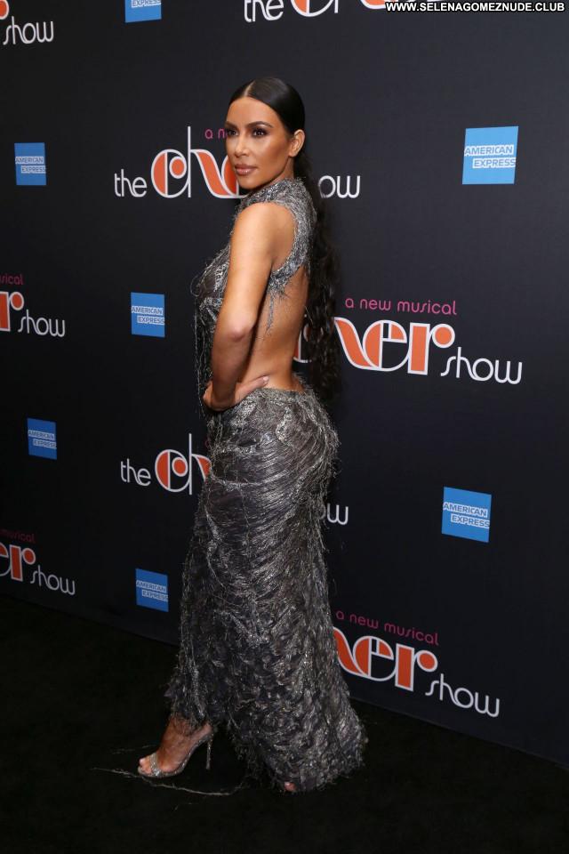 Kim Kardashian No Source Sexy Posing Hot Beautiful Celebrity Babe