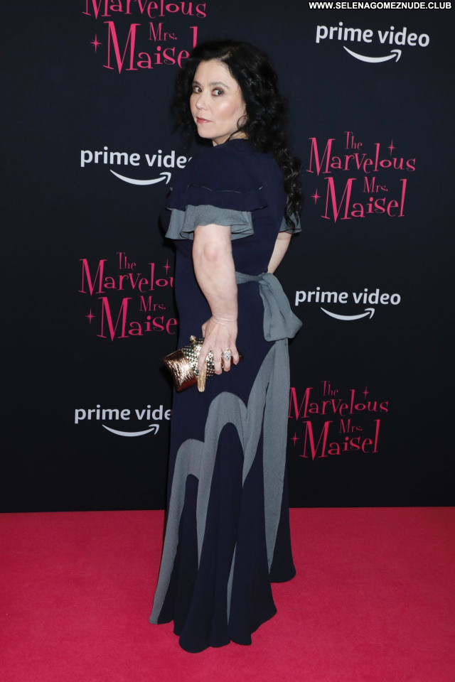 Alex Borstein No Source Beautiful Babe Celebrity Posing Hot Sexy