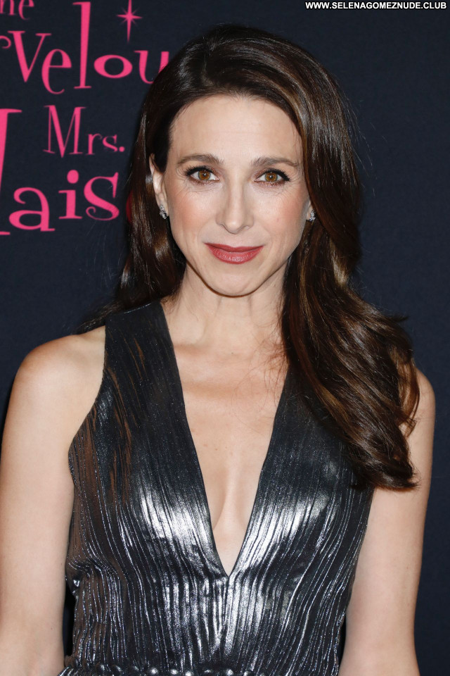 Marin Hinkle No Source Celebrity Beautiful Posing Hot Babe Sexy