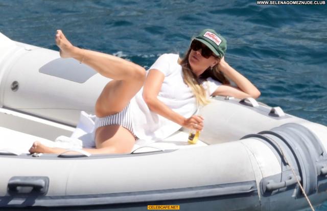 Heidi Klum No Source Yacht Topless Beautiful Toples Babe Celebrity