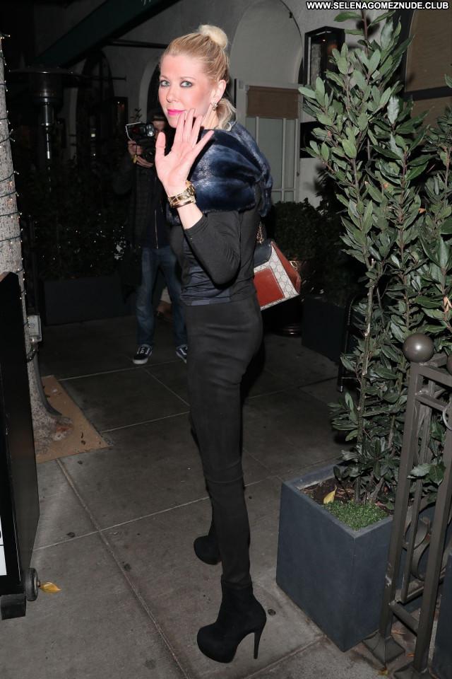 Tara Reid No Source Beautiful Posing Hot Babe Sexy Celebrity