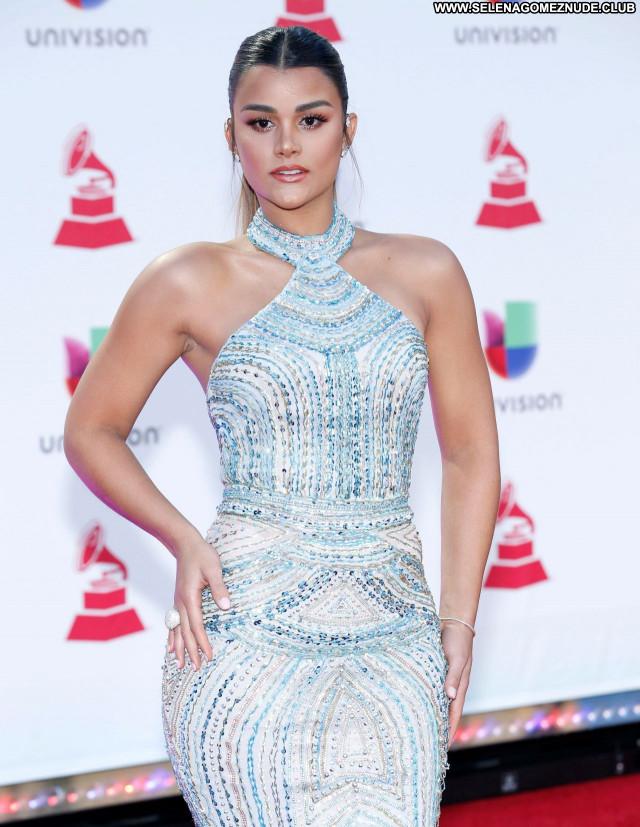 Grammy Awards No Source Babe Celebrity Sexy Beautiful Posing Hot
