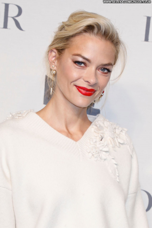 Jaime King No Source Sexy Posing Hot Celebrity Beautiful Babe
