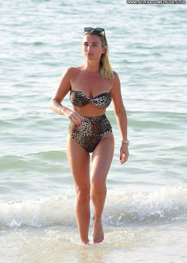 Billie Faiers No Source  Beautiful Posing Hot Sexy Celebrity Babe
