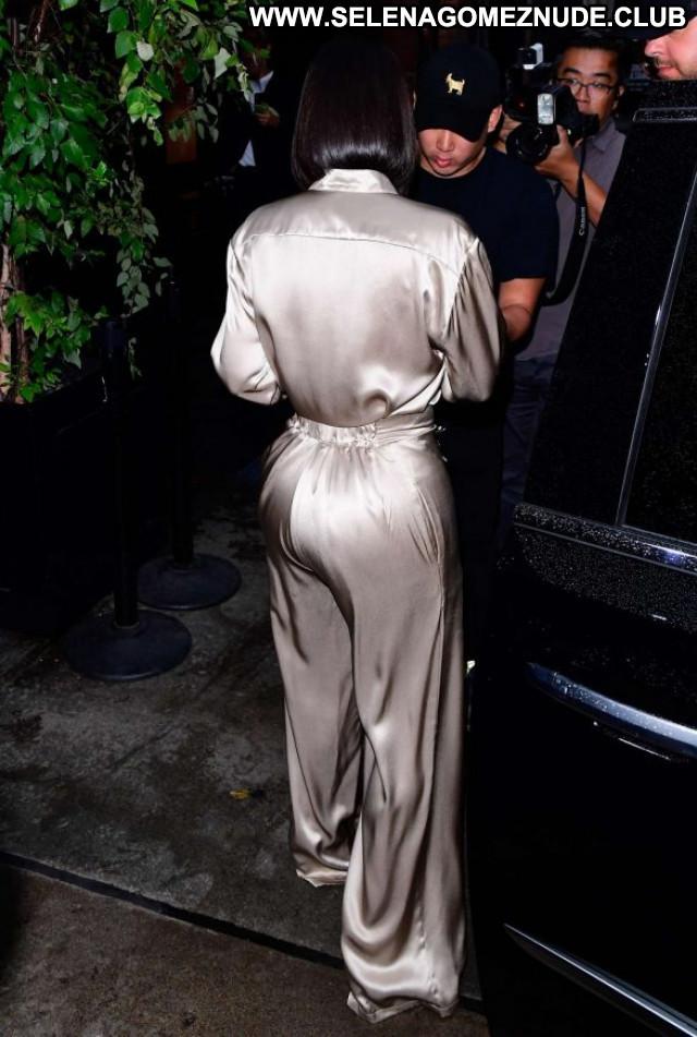 Kim Kardashian New York Babe Posing Hot Beautiful Celebrity Paparazzi