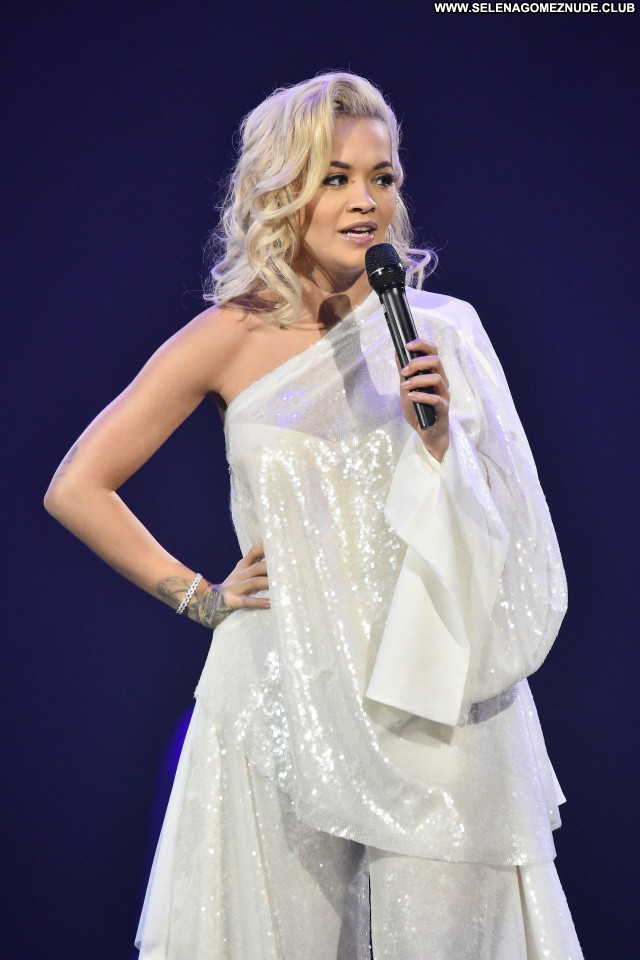 Rita Ora No Source Posing Hot Sexy Beautiful Celebrity Babe