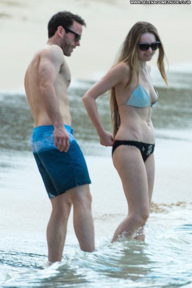 Zoe Salmonon No Source Beautiful Celebrity Posing Hot Babe Sexy