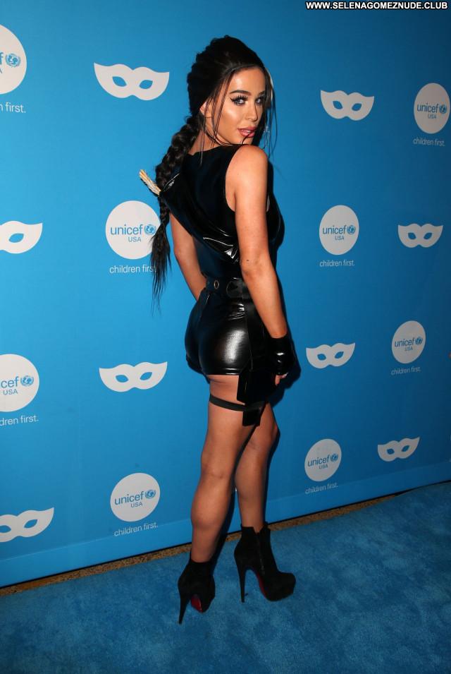 Gigi Gorgeous No Source  Beautiful Babe Sexy Posing Hot Celebrity