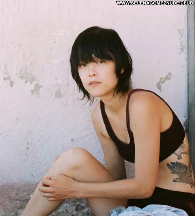 Mae Mei No Source Chinese Celebrity Beautiful Videos Asian Posing Hot