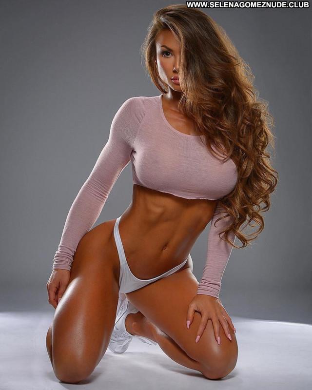 Michie Peachie Photo Shoot American Model Sex Sexy Big Tits Babe Nude