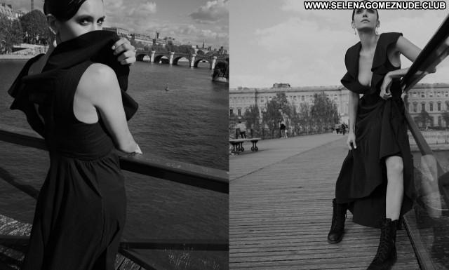 Nina Dobrev No Source Beautiful Sexy Babe Posing Hot Celebrity