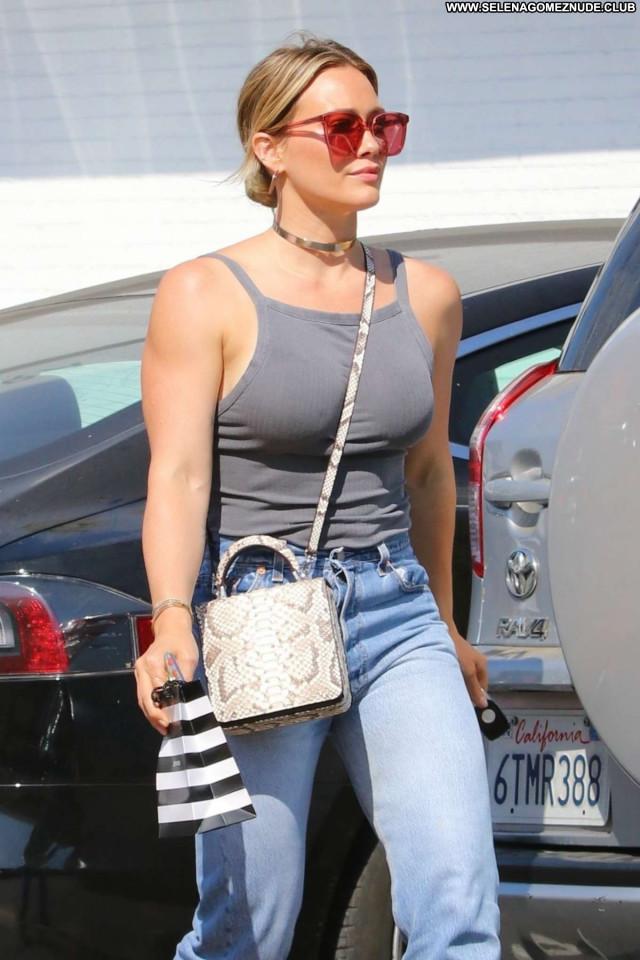 Elizabeth Banks Los Angeles Celebrity Posing Hot Paparazzi Babe