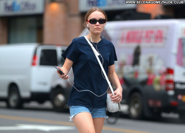 Lily Rose Depp No Source  Sexy Babe Celebrity Posing Hot Beautiful