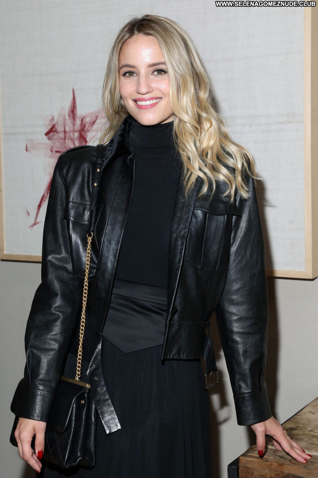 Dianna Agron No Source Beautiful Sexy Babe Posing Hot Celebrity