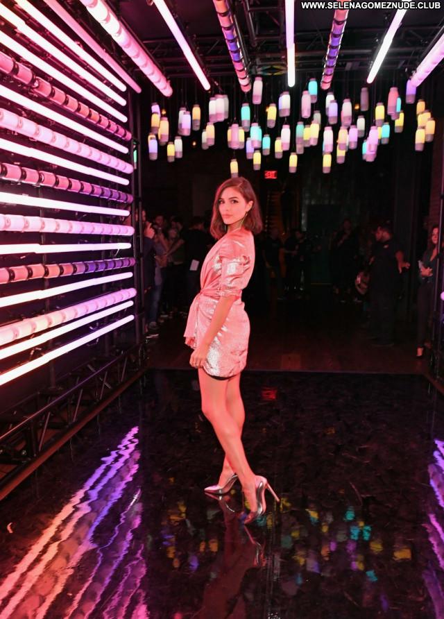 Olivia Culpo No Source Beautiful Sexy Posing Hot Babe Celebrity