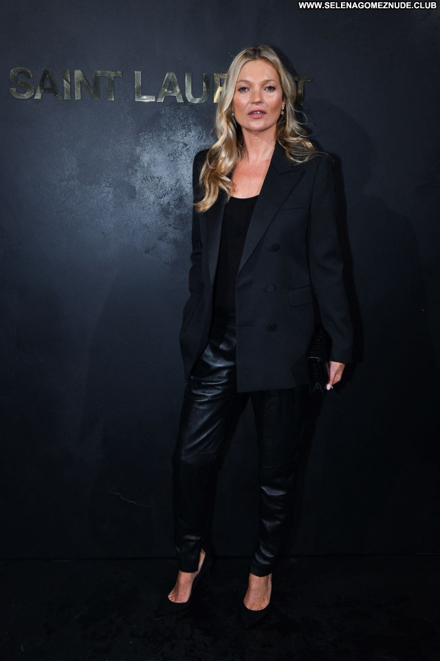 Kate Moss No Source Sexy Celebrity Beautiful Babe Posing Hot