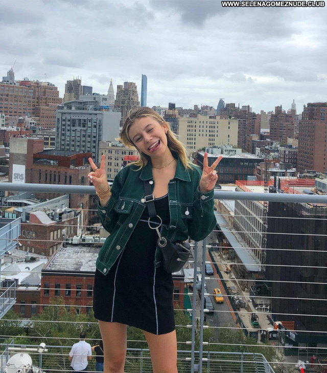 G Hannelius No Source Celebrity Beautiful Babe Sexy Posing Hot