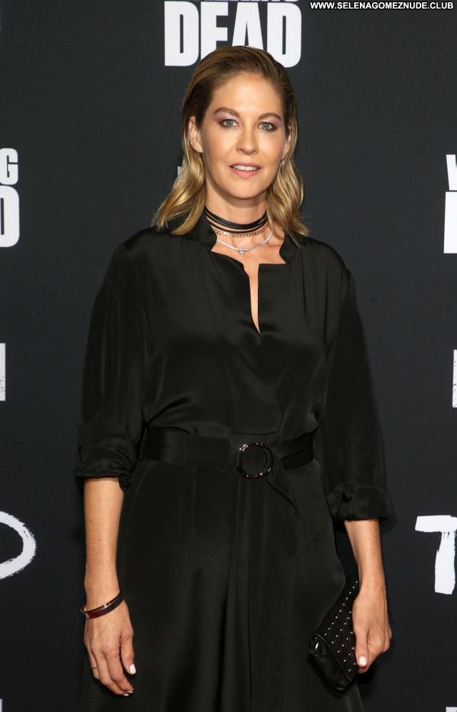 Jenna Elfman No Source Posing Hot Sexy Babe Beautiful Celebrity