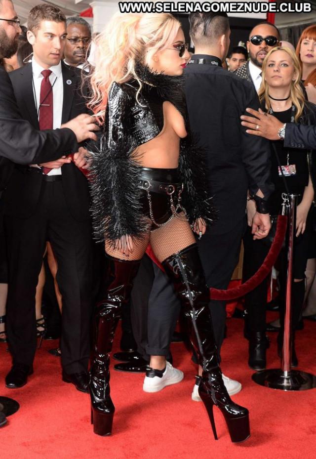 Lady Gaga Grammy Awards Celebrity Posing Hot Beautiful Paparazzi