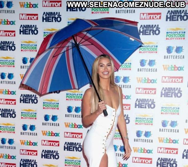 Ferne Mccann No Source Beautiful Babe Paparazzi Posing Hot Celebrity