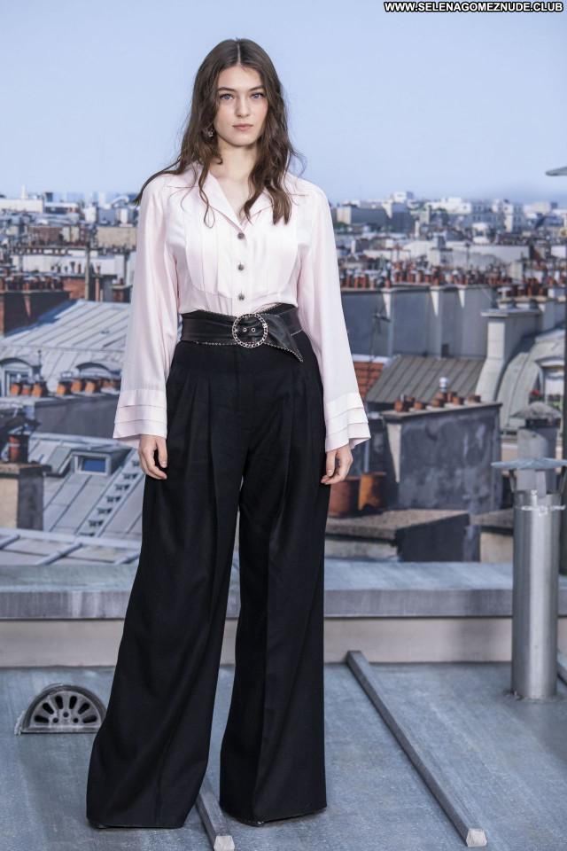 Anamaria Vartolomei No Source Posing Hot Celebrity Sexy Babe Beautiful