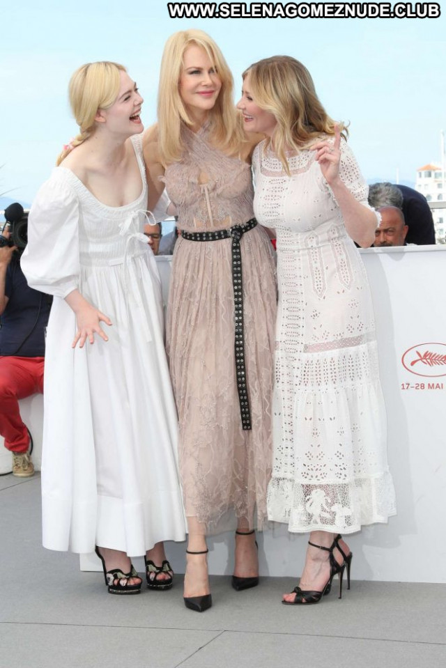 Kirsten Dunst Cannes Film Festival Celebrity Beautiful Posing Hot