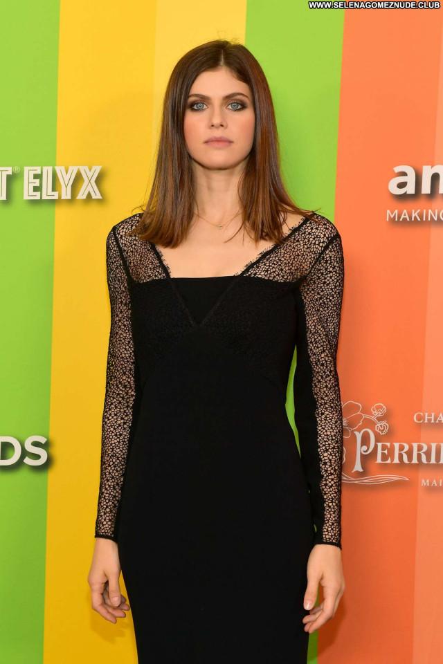Caroline Damore Los Angeles  Celebrity Paparazzi Beautiful Posing Hot