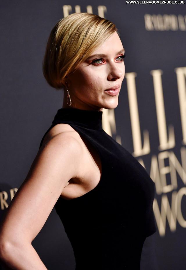 Scarlett Johansson No Source Posing Hot Beautiful Sexy Babe Celebrity