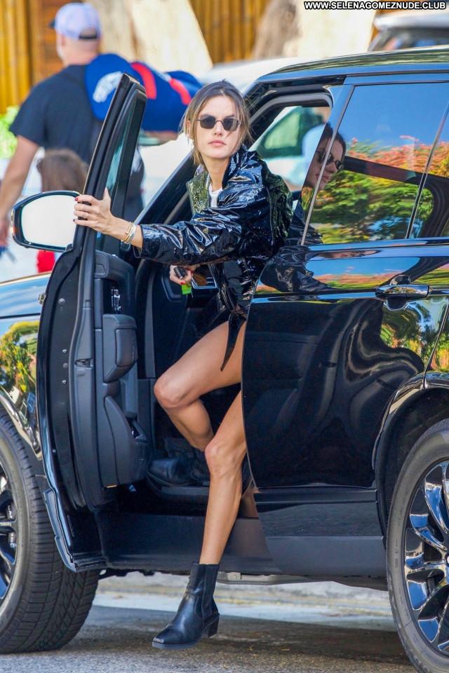 Alessandra Ambrosio No Source  Babe Celebrity Sexy Beautiful Posing