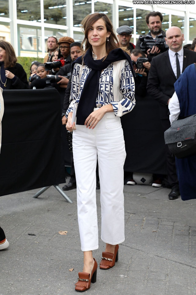 Alexa Chung No Source Beautiful Sexy Posing Hot Celebrity Babe